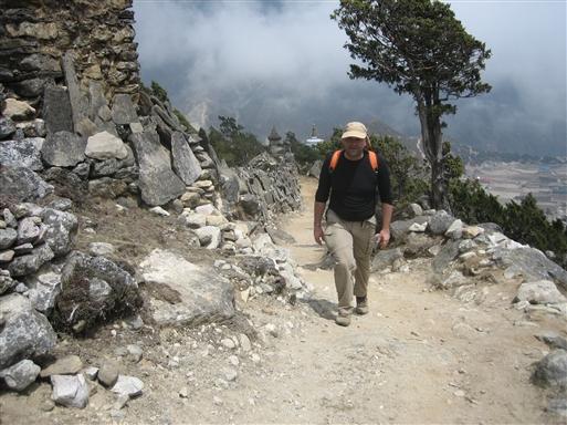 På vej op til Thame Gompa i ca. 4.000 m.