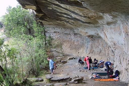 Der gøres klar til overnatning i Drakensberg