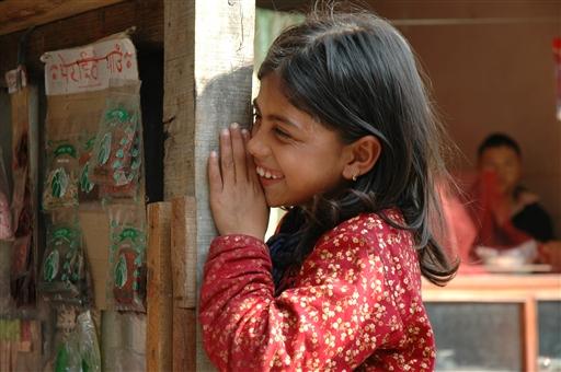 Folk har let til smil i Nepal