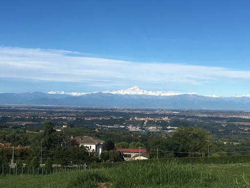 Vi kan se sne på Mont Viso (3841 meter)
