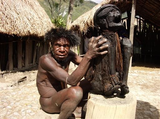 Heksedoktor - Papua Irian Jaya