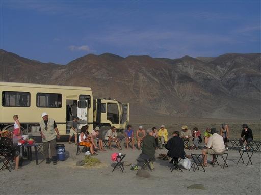 Lejrplads med ekspeditionskøretøjet - Bolivia