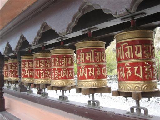 Buddistiske bedemøller - ønsker du at forbedre dit karma, så er det bare med at komme i gang!