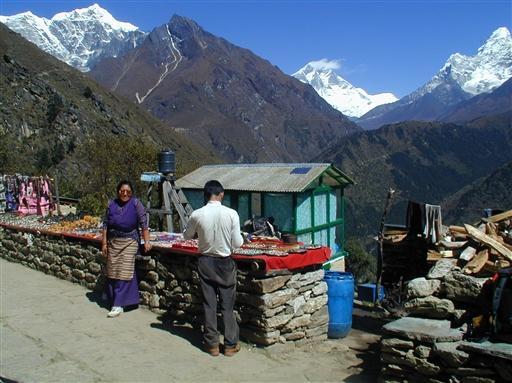 Solu Khumbus indbyggere, de berømte Sherpaer, er drevne handelsfolk