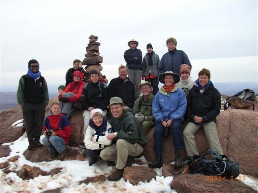 Og så skal der smiles...vi er på toppen af Jebel Amlal (2.447 m)