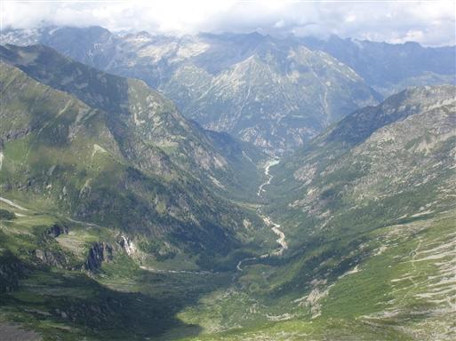 Udsigt fra Turlo passet over Quaraxxa dalen