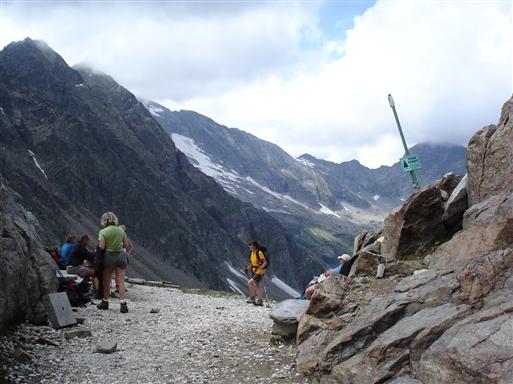 Højt humør ved ankomsten til Turlo passet i 2735 m