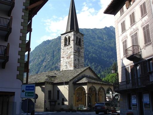 Den katolske kirke i Alagna