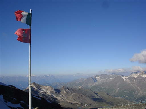 Theodul passet (3300m) - grænsen mellem Schweiz og Italien