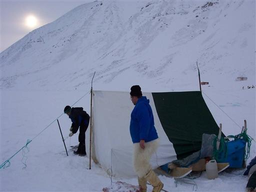 Harpuner udgør teltstænger