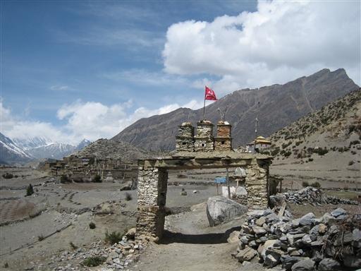 Marsyangdi dalen kan være meget gold over 3.000 m