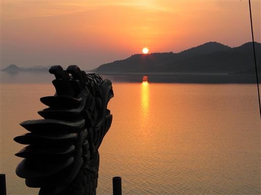 Aftenstemning og solnedgang