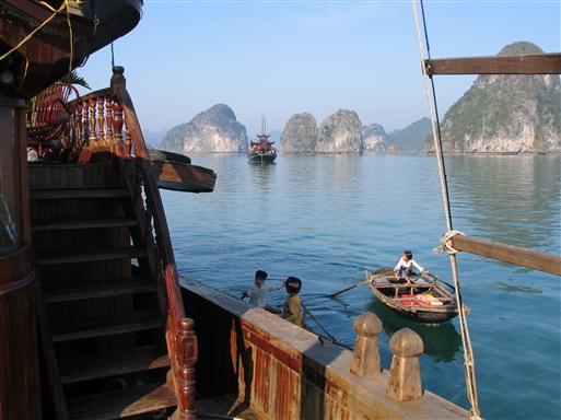 På vej mod øen Quan Lan