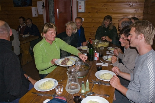 Aftensmad i Refuge