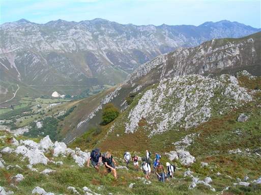 Så mangler vi liiige de sidste stejle meter til toppen af Juan Robre.