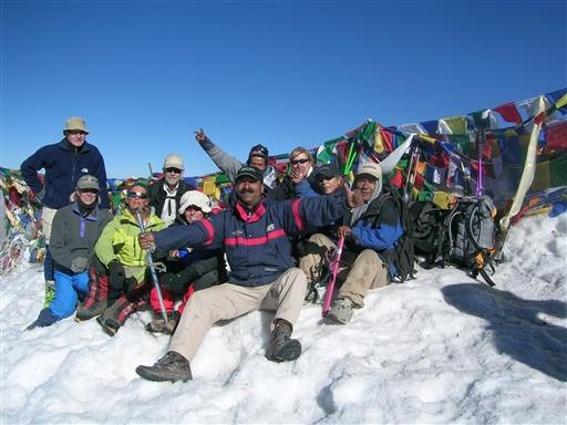 Toppen af Stok Kangri er nået.
