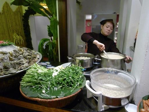 I dag er der klasserestauranter i hovedstaden. Her østers og andre lækre ting.