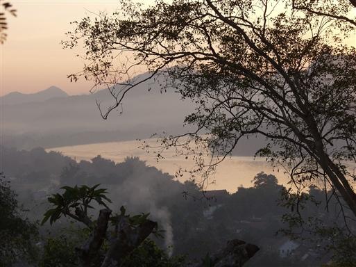 Solnedgang over luang Prabang.