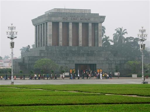 Ho Chi Minh mausoleet i Hanoi