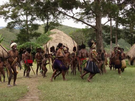 Mange stammedanse bliver lavet for at takke guderne