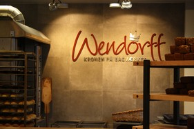 Bager Wendoff, midtbyen Odensen, blev indrettet i tæt samarbjede med Bagoline - i varme farver og praktiske og holdbare materialer.