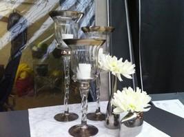 Flot lysestagesæt i glas i 3 størrelser.  Hele sættet kr. 229,-