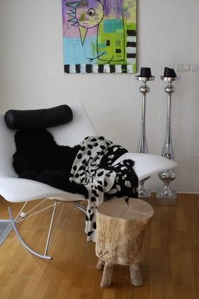 Lækkert slumre-tæppe fra GJD, er helt uundværligt i hyggekrogen...
