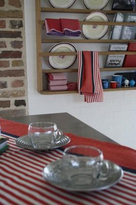 'Kaffe for to' - Nordals søde glas kopper med tin underkop..