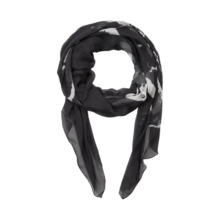 TUSNELDA BLOCH 561-5050 BIG SCARF FB