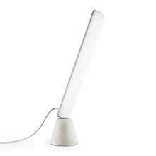 Acrobat LED Bordlampe - Sand - fra Normann Copenhagen
