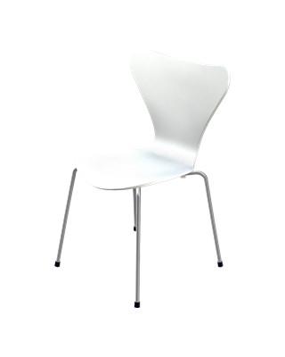 3107 | Hvid lakeret, syver stol af Arne Jacobsen