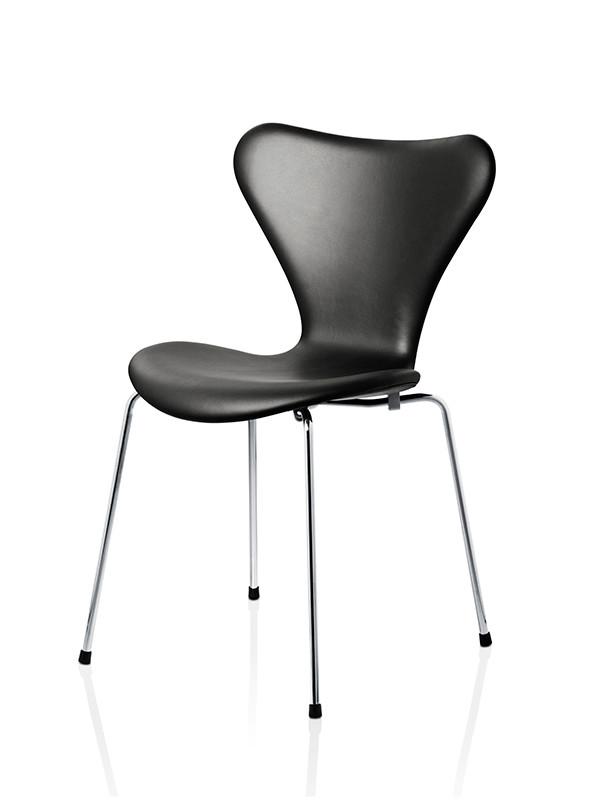 3107 serie 7 af arne jacobsen fuldpolstret. Black Bedroom Furniture Sets. Home Design Ideas
