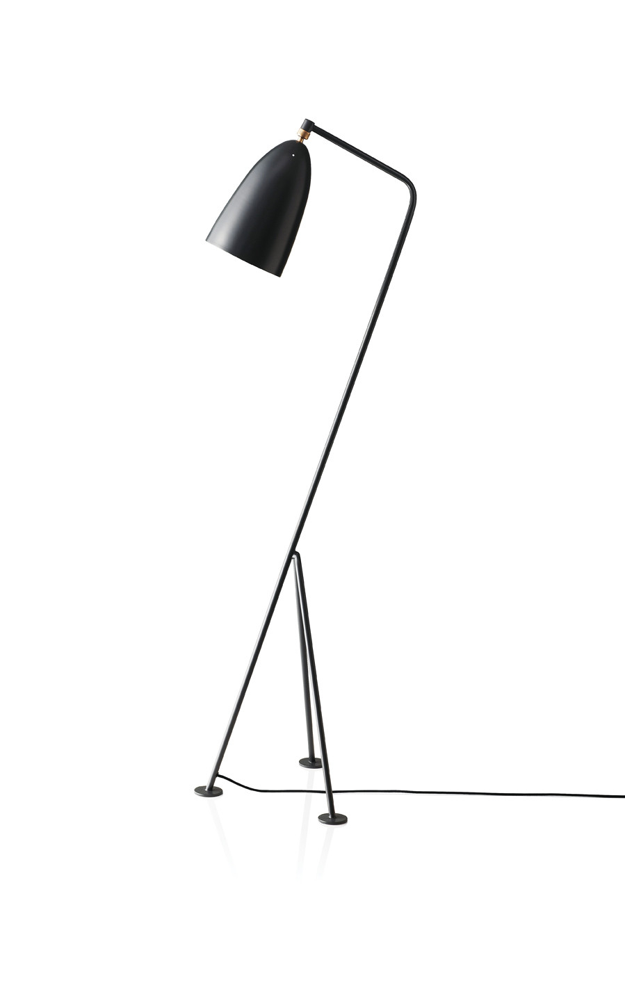 gubi grasshopper gulv standerlampe. Black Bedroom Furniture Sets. Home Design Ideas