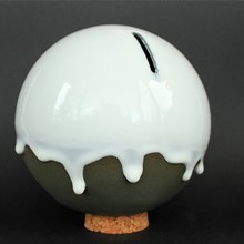 ORB - ceramic money bank / Studio Arhoj