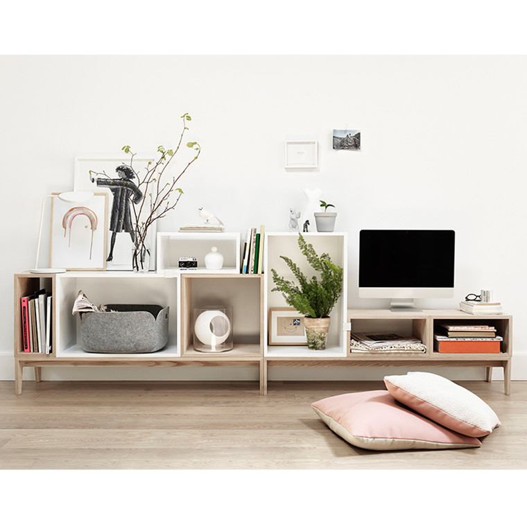 Muuto Stacked TV
