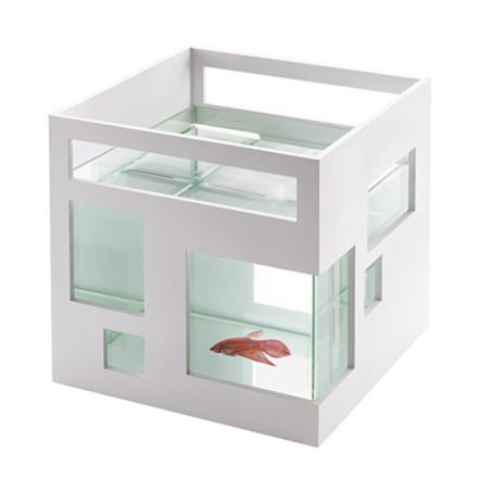 Fish Hotel fra Umbra