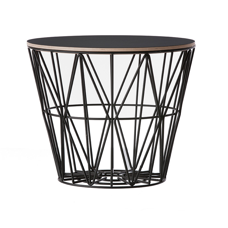 ferm living wire basket top i sort ferm living bord. Black Bedroom Furniture Sets. Home Design Ideas