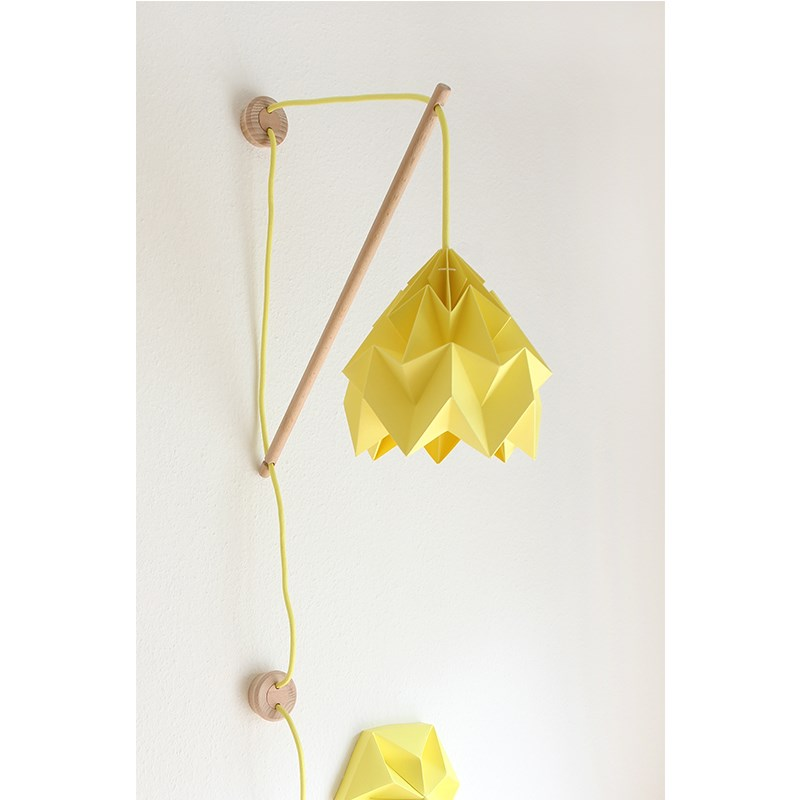 Studio Snowpuppe Gul Moth Klimoppe V u00e6glampe