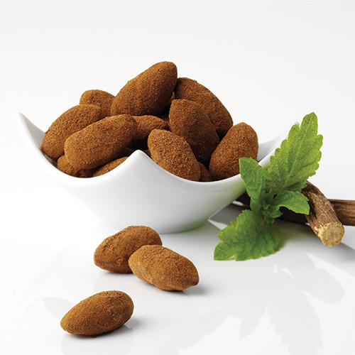 Chocolate-liquorice almonds