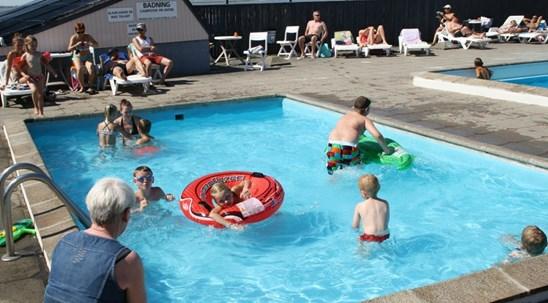 b_rnebassin_s_immingpool_camping_nordjylland.JPG