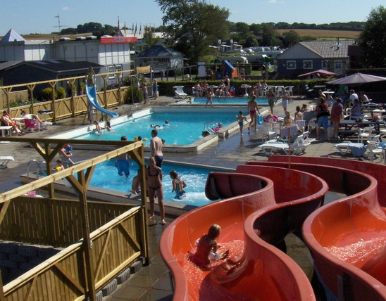 swimmingpool_s_lyst_camping_hytteferie_camping_aalborg_nibe_nordjylland(1).JPG