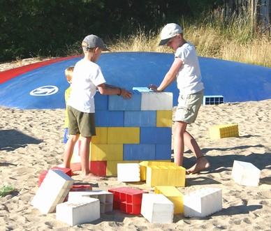 Leg med Lego ved Hopperpuden