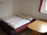Double bed in room type 2