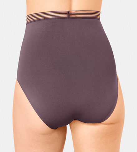 TRIUMPH INFINITE SENSATION HIGHWAIST PANTY 10191038 00QN