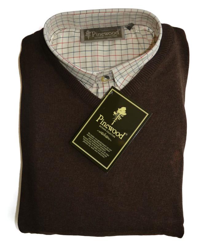 Pinewood Indiana / Finnveden V-Neck Gift Box