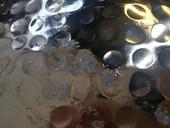 Runder Couchtisch GLAMOUR Aluminium, Hammerschlag-Optik