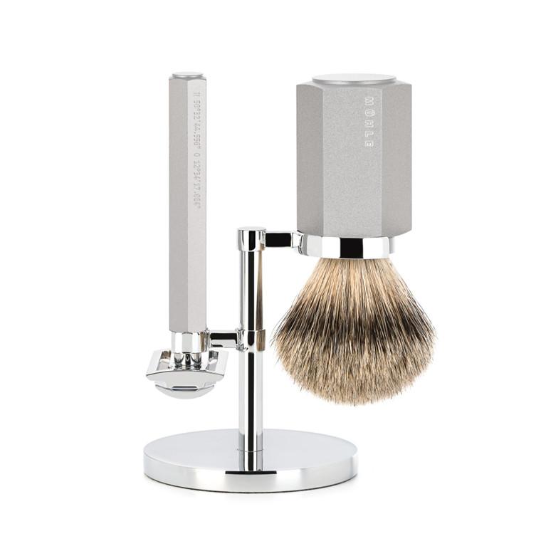 Mühle x Mark Braun Barbersæt med DE-skraber, Silvertip Barberkost og holder, Hexagon, Sølv