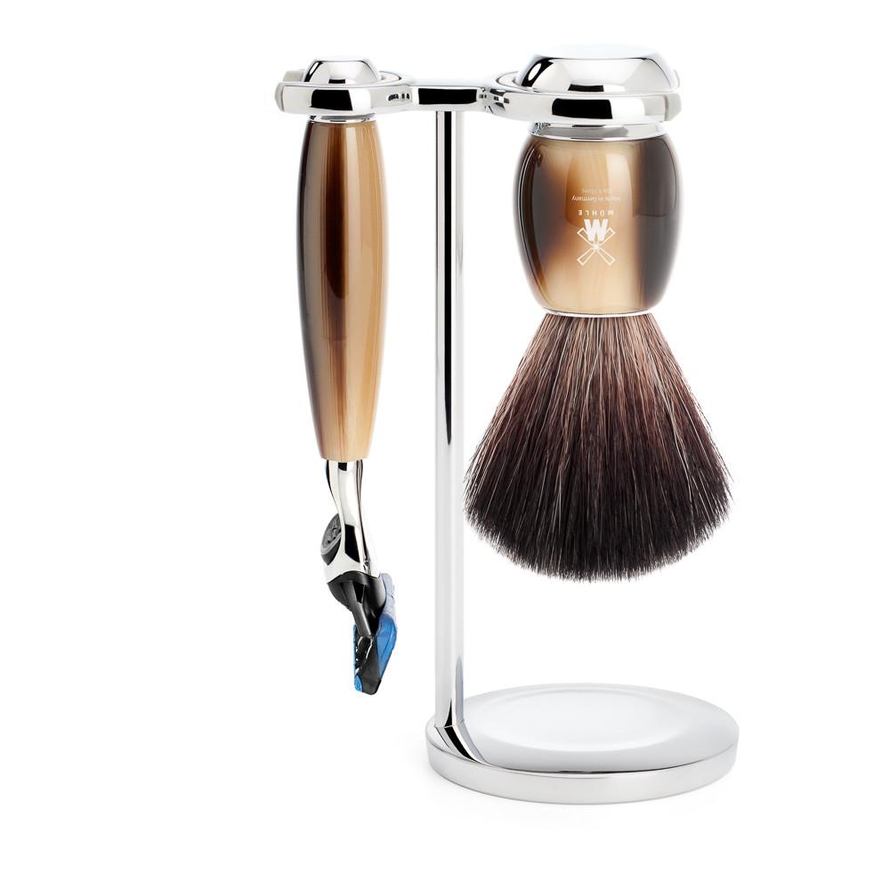 Image of   Mühle barbersæt med Fusion Skraber, Barberkost og Holder, Vivo, Brunt Horn