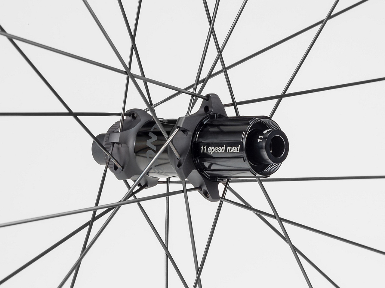 Image of   Bontrager Aeolus XXX 2 TLR Clincher Disc
