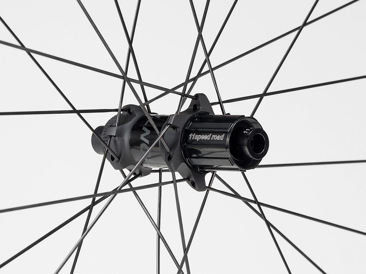 Image of   Bontrager Aeolus XXX 6 TLR Clincher Disc